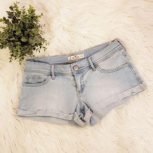 Hollister Summer Jean Shorts Size 3